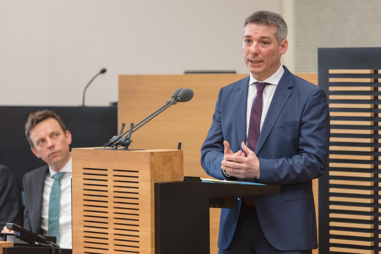 CDU Fraktion des Saarlandes: Sondersitzung des Landtages: Koalitionsfraktionen wollen Kommunalwahlgesetz anpassen