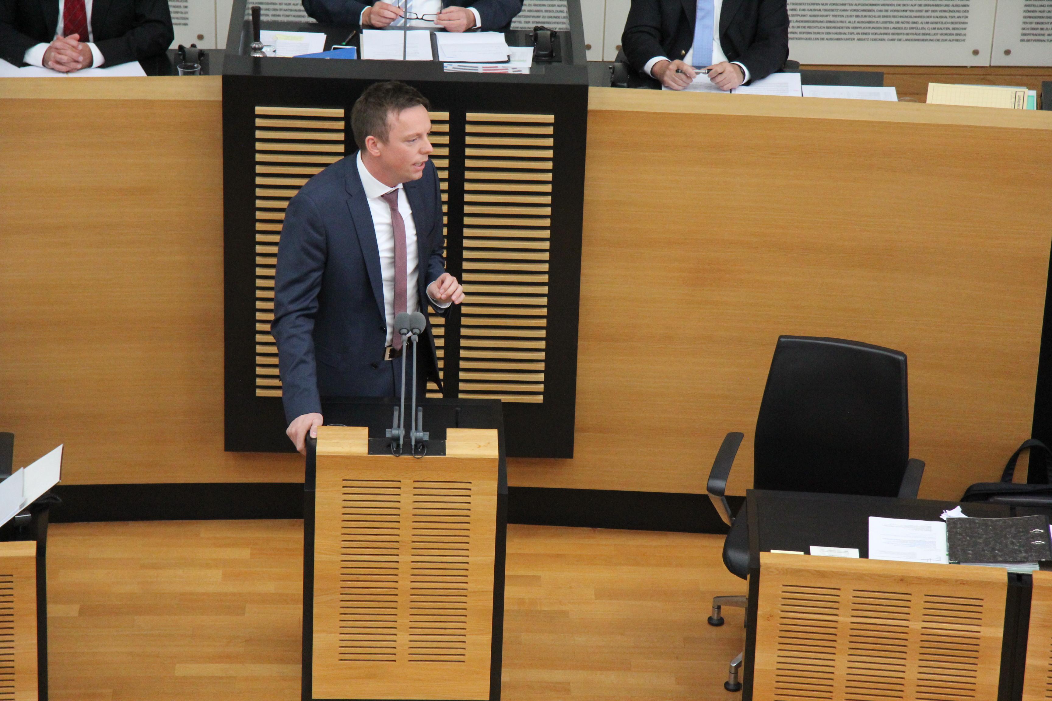 CDU Fraktion des Saarlandes: Pläne zu AfD-Schattenpresse: freie Medien unverzichtbar für Demokratie